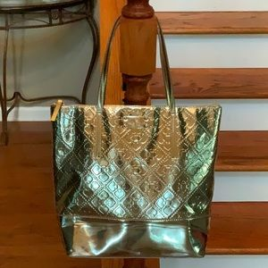 ♠️Kate Spade Extra Lg. Patent leather tote♠️